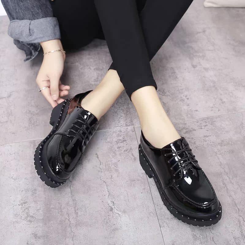 黑色厚底鞋 2017漆皮镜面女小皮鞋 黑色单鞋 修脚显瘦 低帮厚底34脚小码女鞋_推荐淘宝好看的黑色厚底鞋
