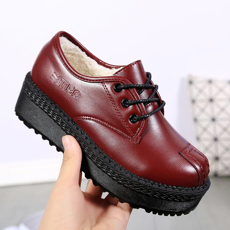 红色松糕鞋 英伦小皮鞋厚底松糕女鞋平底百搭秋加绒加毛单鞋黑色酒红复古中跟_推荐淘宝好看的红色松糕鞋