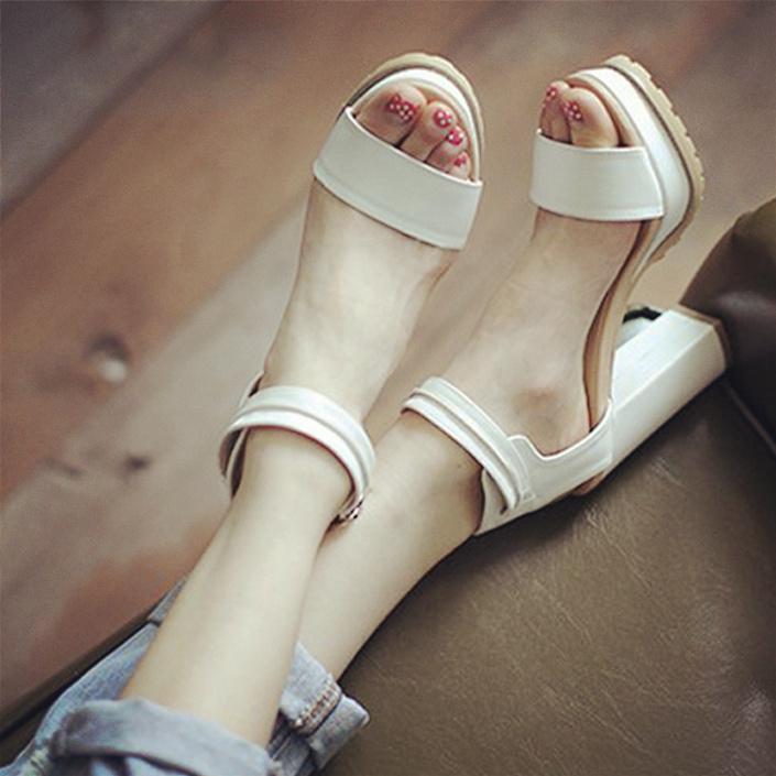 白色罗马鞋 2016夏天粗跟高跟鞋防水台露趾公主凉鞋女鞋白色罗马鞋大码小码鞋_推荐淘宝好看的白色罗马鞋