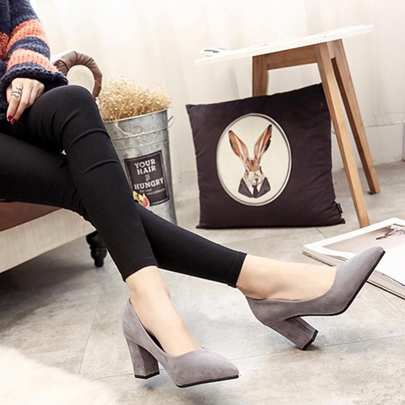 黑色高跟单鞋 2017秋季新款韩版尖头女士性感高跟鞋黑色中跟粗跟百搭单鞋女鞋子_推荐淘宝好看的女黑色高跟单鞋