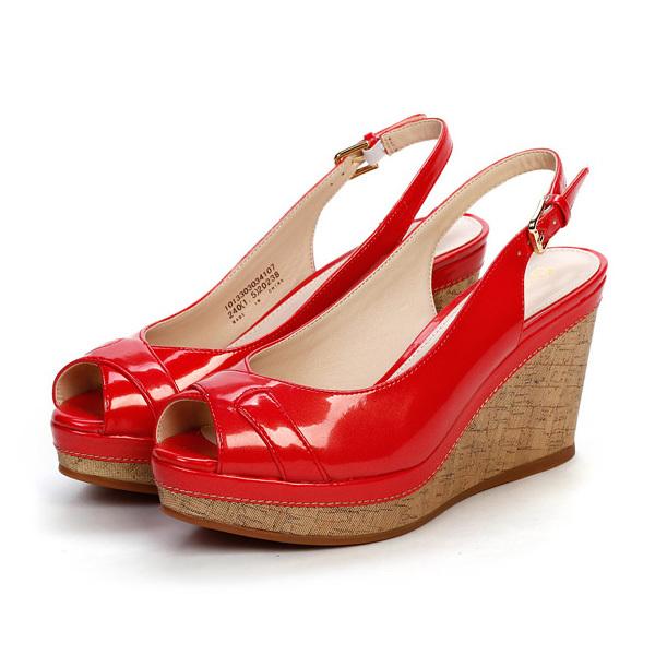 女士坡跟凉鞋 达芙妮专柜正品女鞋 优雅pu软面坡跟鱼嘴舒适时装凉鞋1013303034_推荐淘宝好看的女 坡跟凉鞋