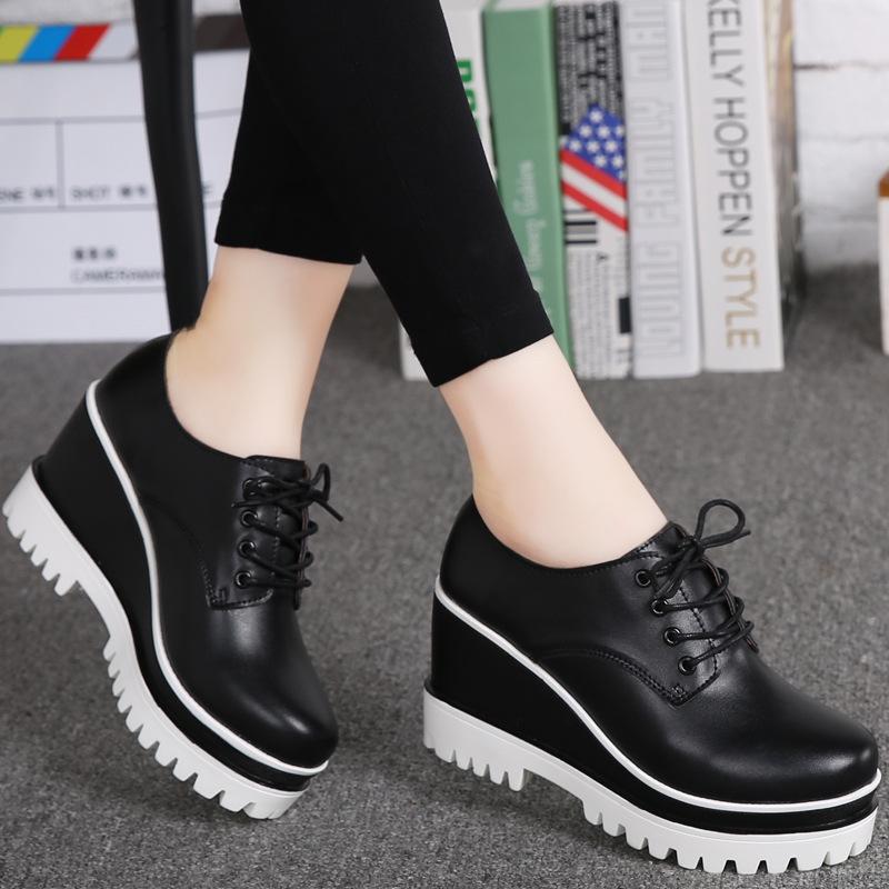 白色松糕鞋 白色松糕底黑色工作鞋厚底松糕鞋小皮鞋女鞋百搭休闲鞋小白鞋新款_推荐淘宝好看的白色松糕鞋