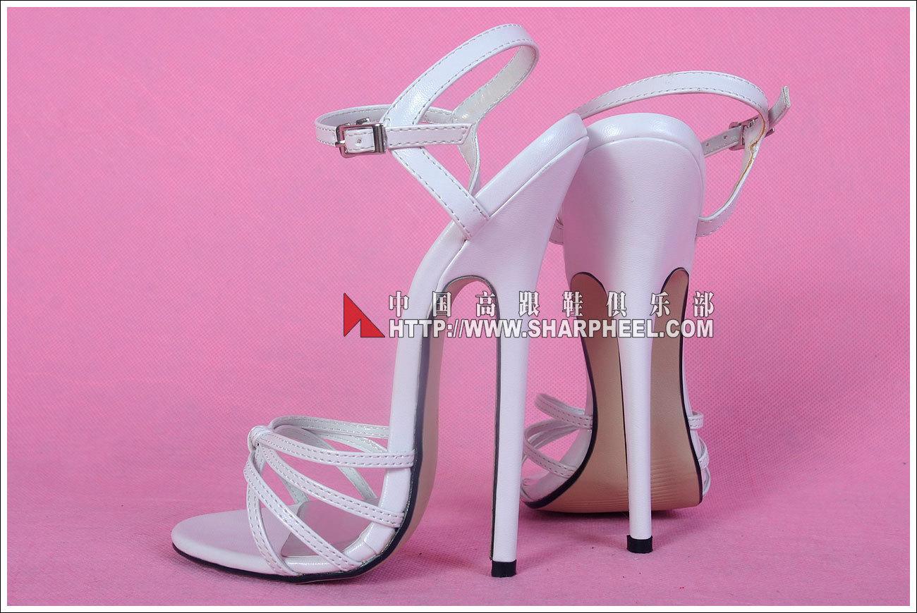 白色高跟凉鞋 白色交叉细带超高跟女鞋16厘米油光面凉鞋性感夜店大码情趣112W_推荐淘宝好看的女白色高跟凉鞋