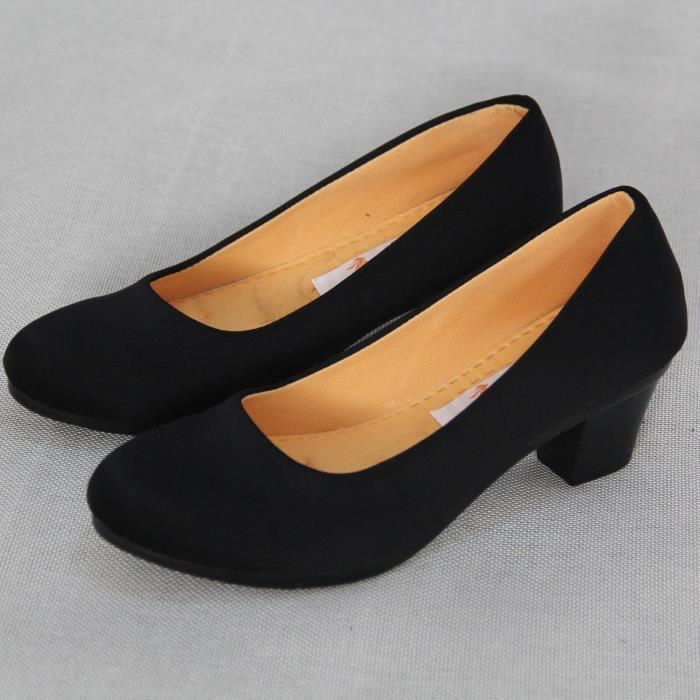 黑色高跟单鞋 正品老北京布鞋春秋季女鞋粗跟工装单鞋工作鞋舒适防滑黑色高跟鞋_推荐淘宝好看的女黑色高跟单鞋