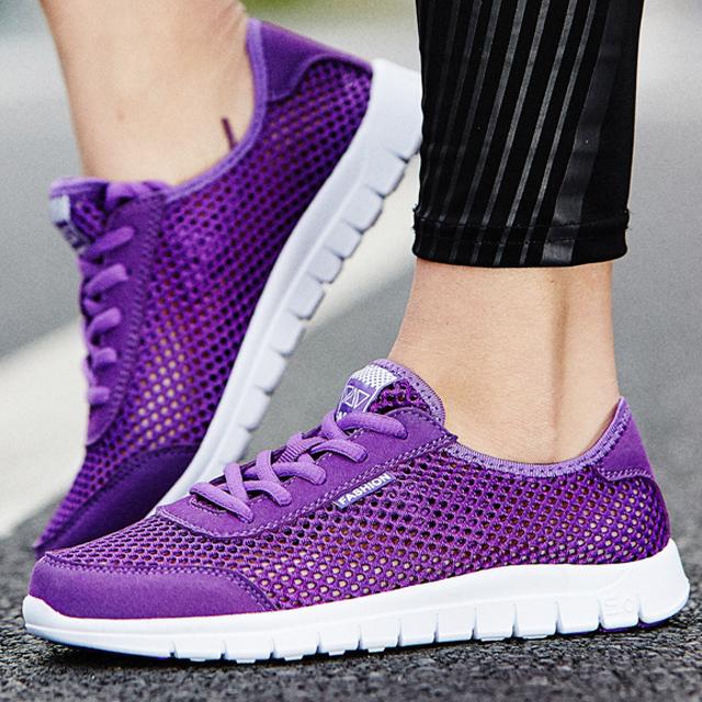 紫色运动鞋 夏天网鞋女透气鞋子夏季网状平底旅游鞋女士镂空网眼运动鞋女紫色_推荐淘宝好看的紫色运动鞋
