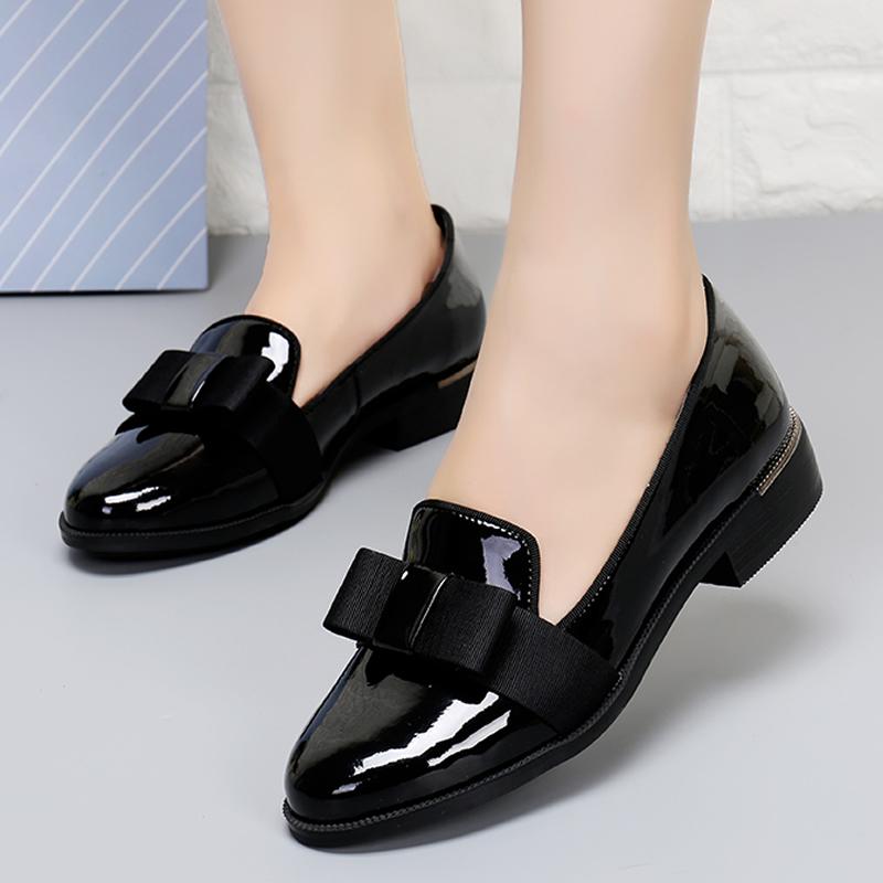 她他单鞋 2017春秋新款酷吧 他她真皮蝴蝶结低跟软底黑色工作鞋粗跟女单鞋_推荐淘宝好看的她他单鞋