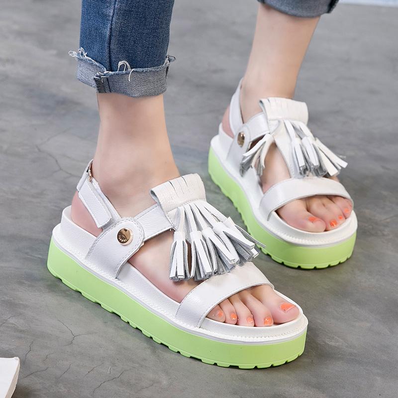 白色罗马鞋 2017夏季新款韩版白色真皮流苏彩色松糕厚底凉鞋平跟百搭罗马鞋女_推荐淘宝好看的白色罗马鞋