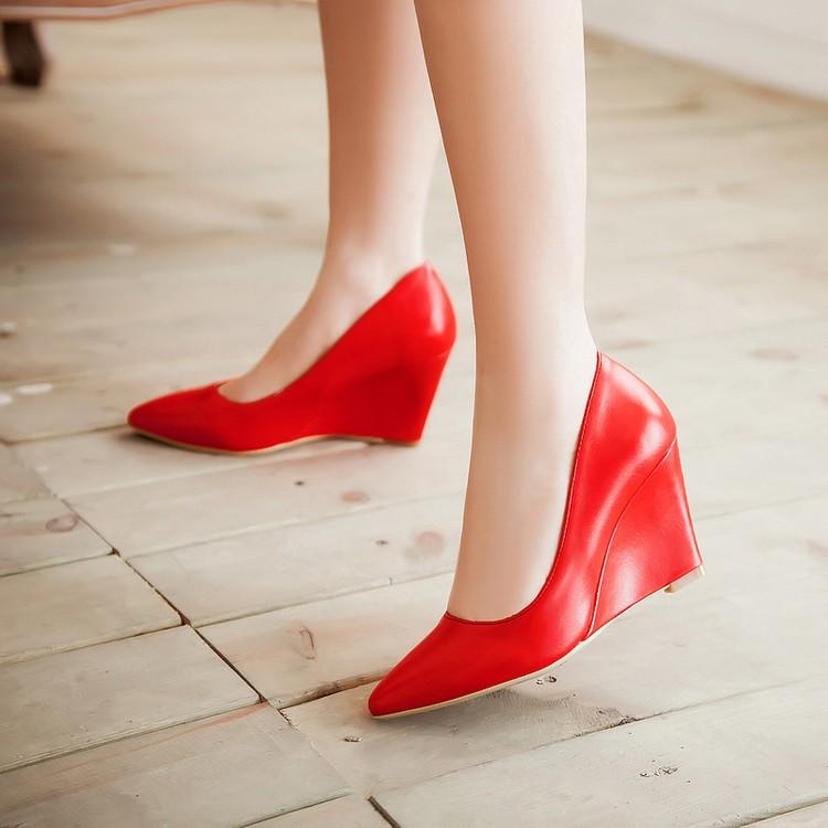 紫色坡跟鞋 尖头坡跟甜美PU套脚浅口高跟春季女鞋女白色低帮鞋紫色粉色大码_推荐淘宝好看的紫色坡跟鞋