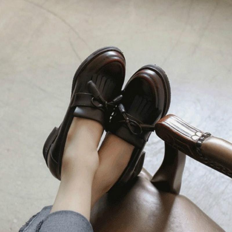 蝴蝶结单鞋 秋季英伦复古圆头小皮鞋中跟粗跟流苏女单鞋蝴蝶结擦色布洛克女鞋_推荐淘宝好看的蝴蝶结单鞋