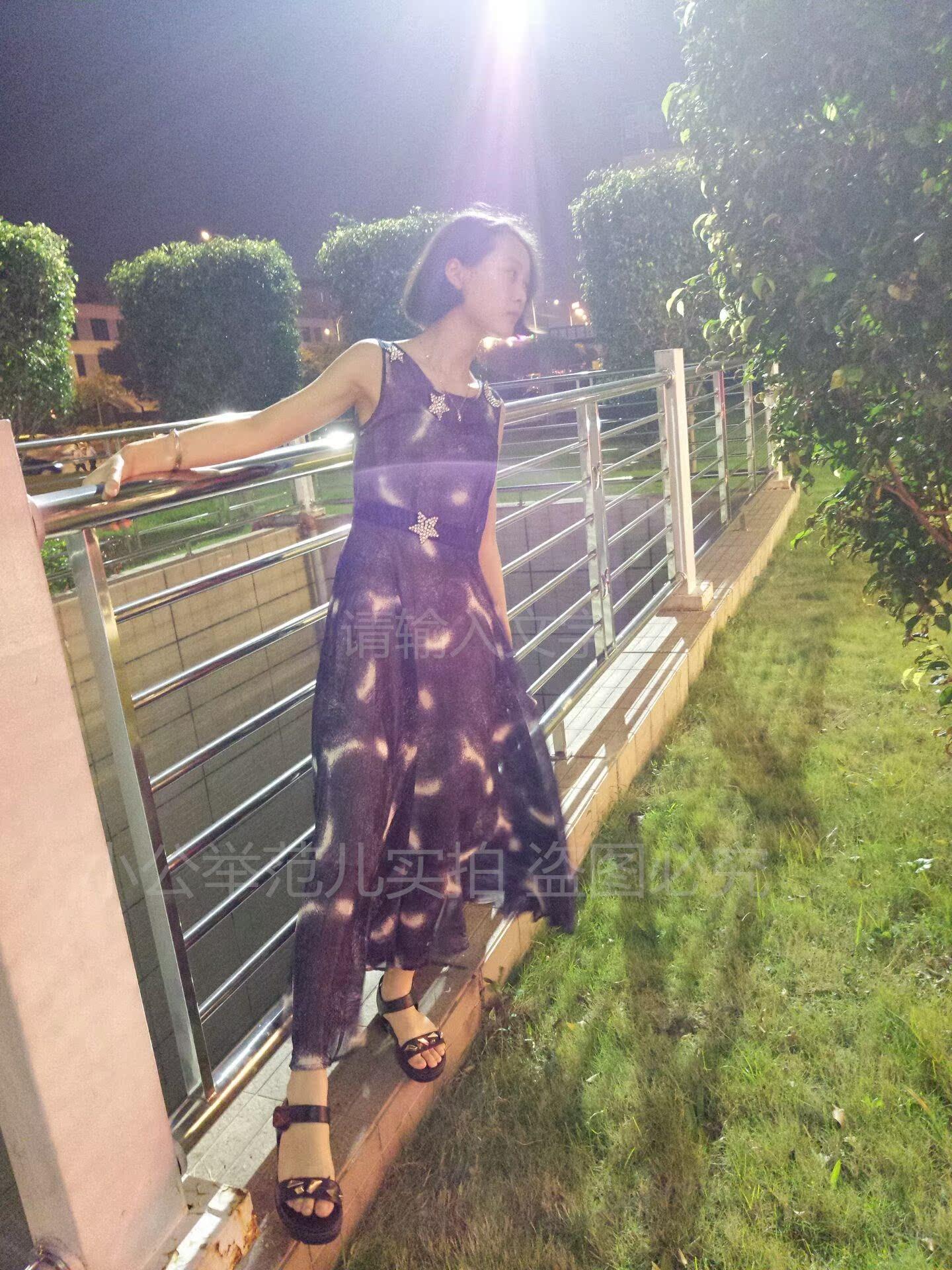 品牌连衣裙新款 2017夏季新款雪纺无袖星空印花连衣裙波西米亚长裙大摆海边沙滩裙_推荐淘宝好看的连衣裙