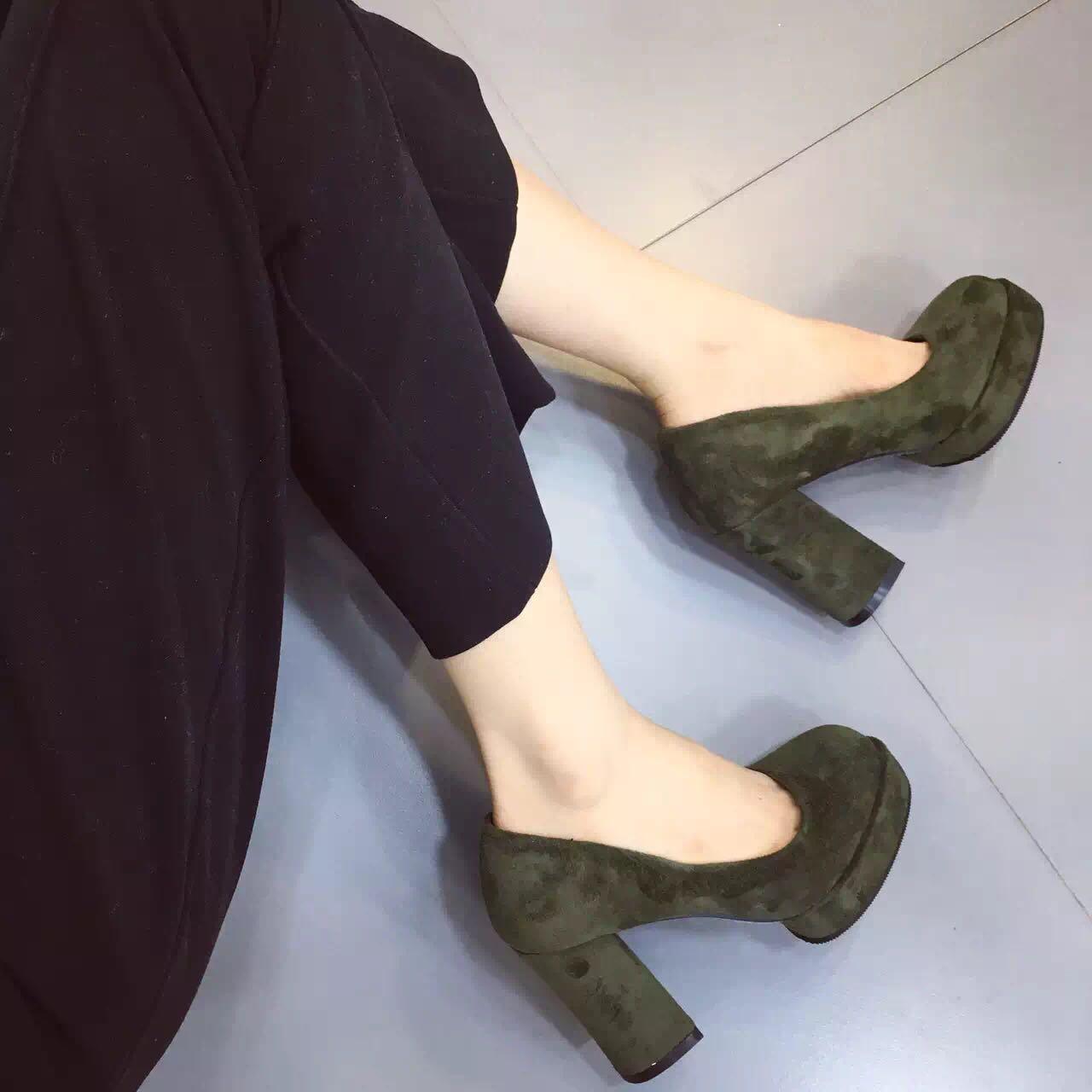 绿色单鞋 欧洲站2016夏新款套脚粗跟单鞋女圆头浅口性感绿色高跟鞋绒面瓢鞋_推荐淘宝好看的绿色单鞋