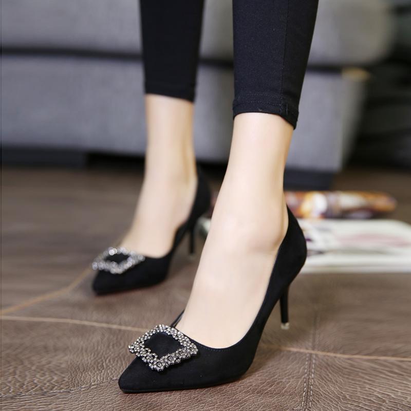 黑色尖头鞋 欧美秋季尖头细跟女鞋中跟单鞋水钻方扣高跟鞋红色婚鞋黑色工作鞋_推荐淘宝好看的黑色尖头鞋