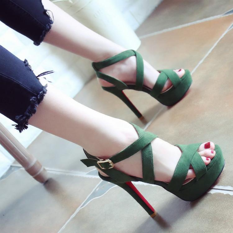 绿色凉鞋 欧美2017夏季新款细跟恨天高跟鞋鱼嘴防水台绿色时尚一字扣女凉鞋_推荐淘宝好看的绿色凉鞋