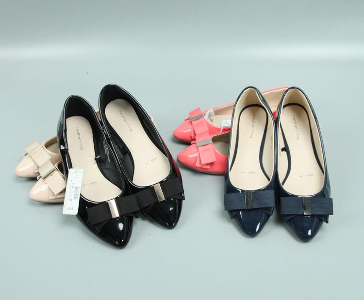 糖果色时尚平底鞋 欧美新款漆皮糖果色浅口平底鞋时尚百搭平跟单鞋女_推荐淘宝好看的女糖果色时尚平底鞋