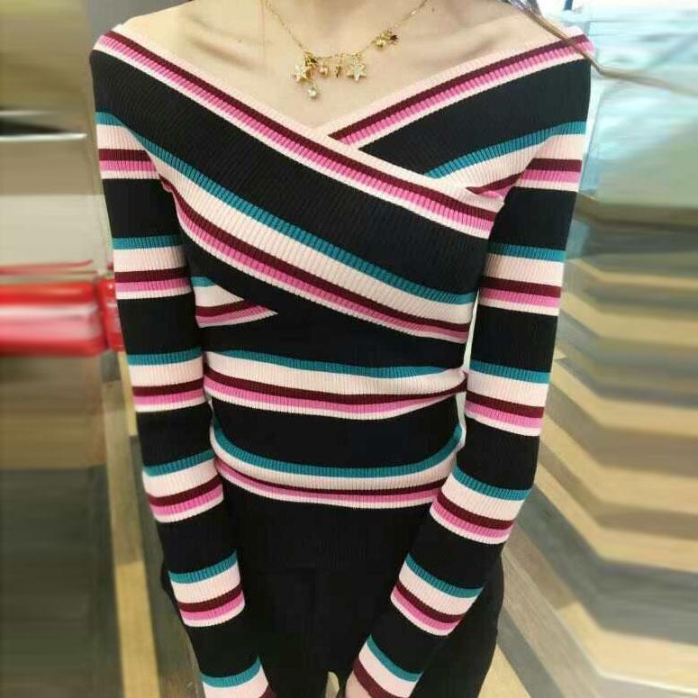 欧时力服装 鑫欧时力妮17新女春装一字领撞色条纹套头针织衫NQ1JY1030860_推荐淘宝好看的欧时力