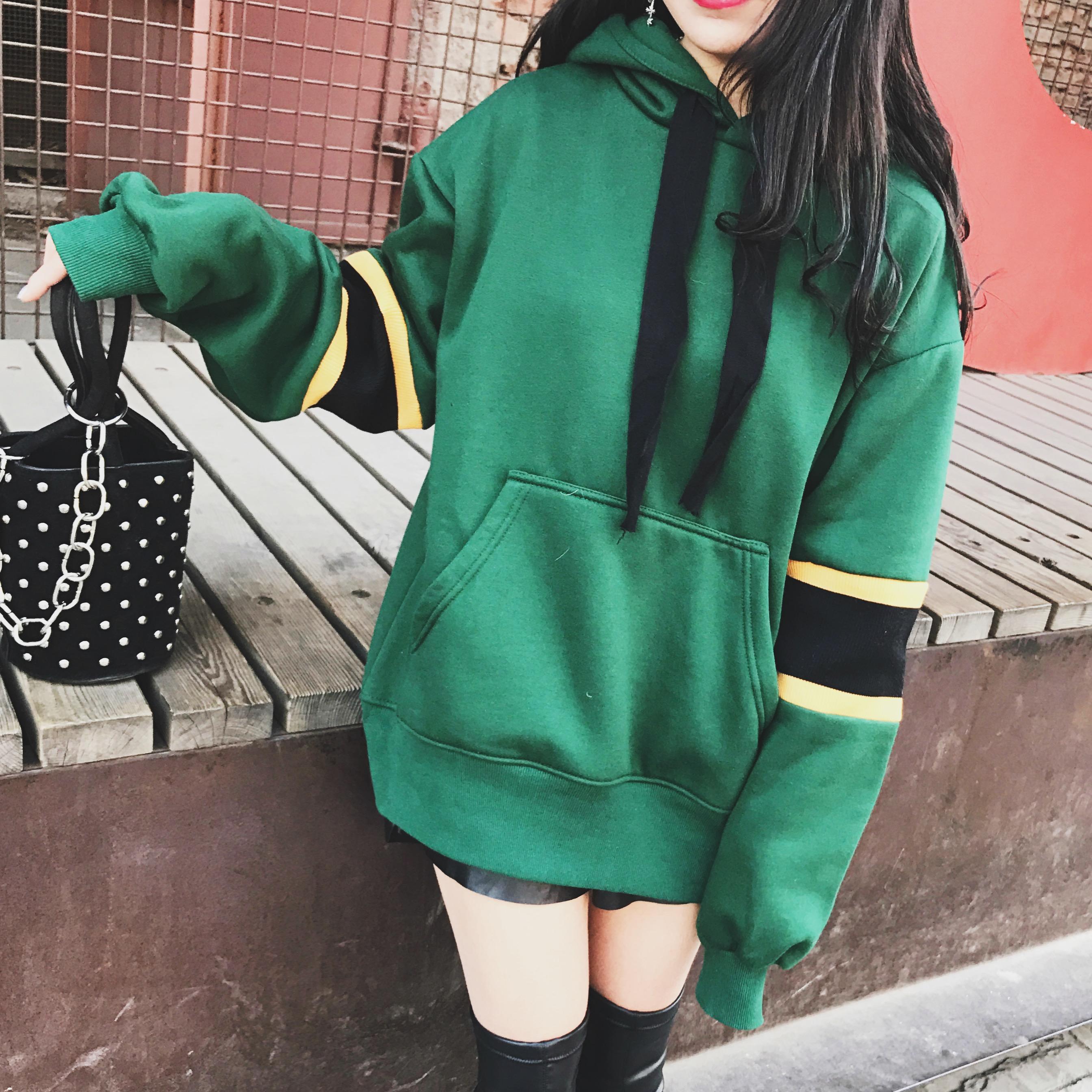 绿色卫衣 军绿色加绒加厚连帽卫衣女套头短款宽松秋冬装外套韩国学生bf潮_推荐淘宝好看的绿色卫衣