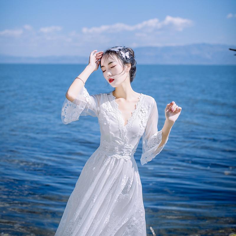 蕾丝连衣裙新款 2017秋装新款女白色蕾丝连衣裙仙波西米亚海边度假沙滩大摆长裙夏_推荐淘宝好看的蕾丝连衣裙新款