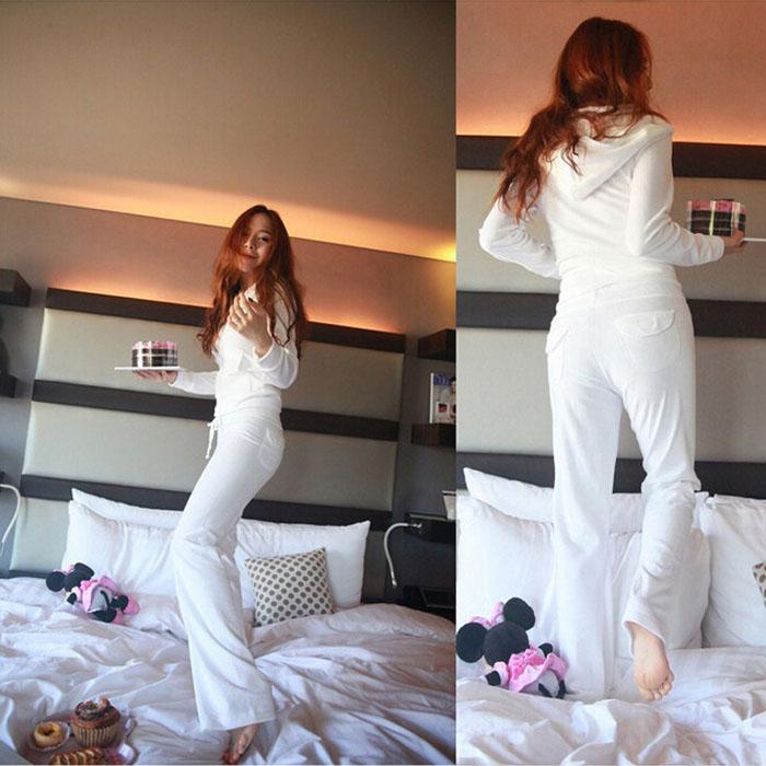 卫衣套装 春秋新款天鹅绒套装韩版女装修身白色休闲运动卫衣时尚性感两件套_推荐淘宝好看的女卫衣套装