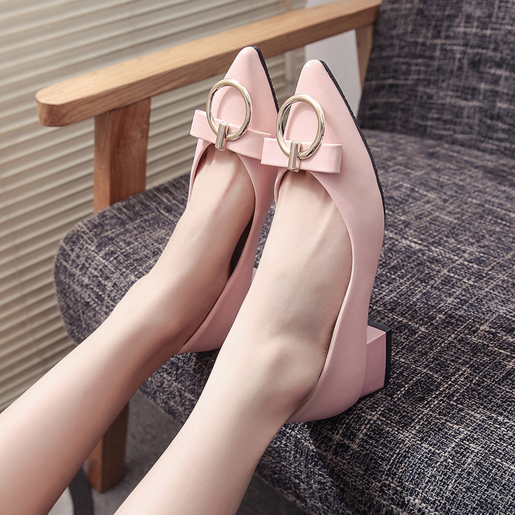粉红色尖头鞋 粉红色高跟鞋3-4-5cm公分厘米白色尖头粗跟女鞋亮皮低跟中跟单鞋_推荐淘宝好看的粉红色尖头鞋