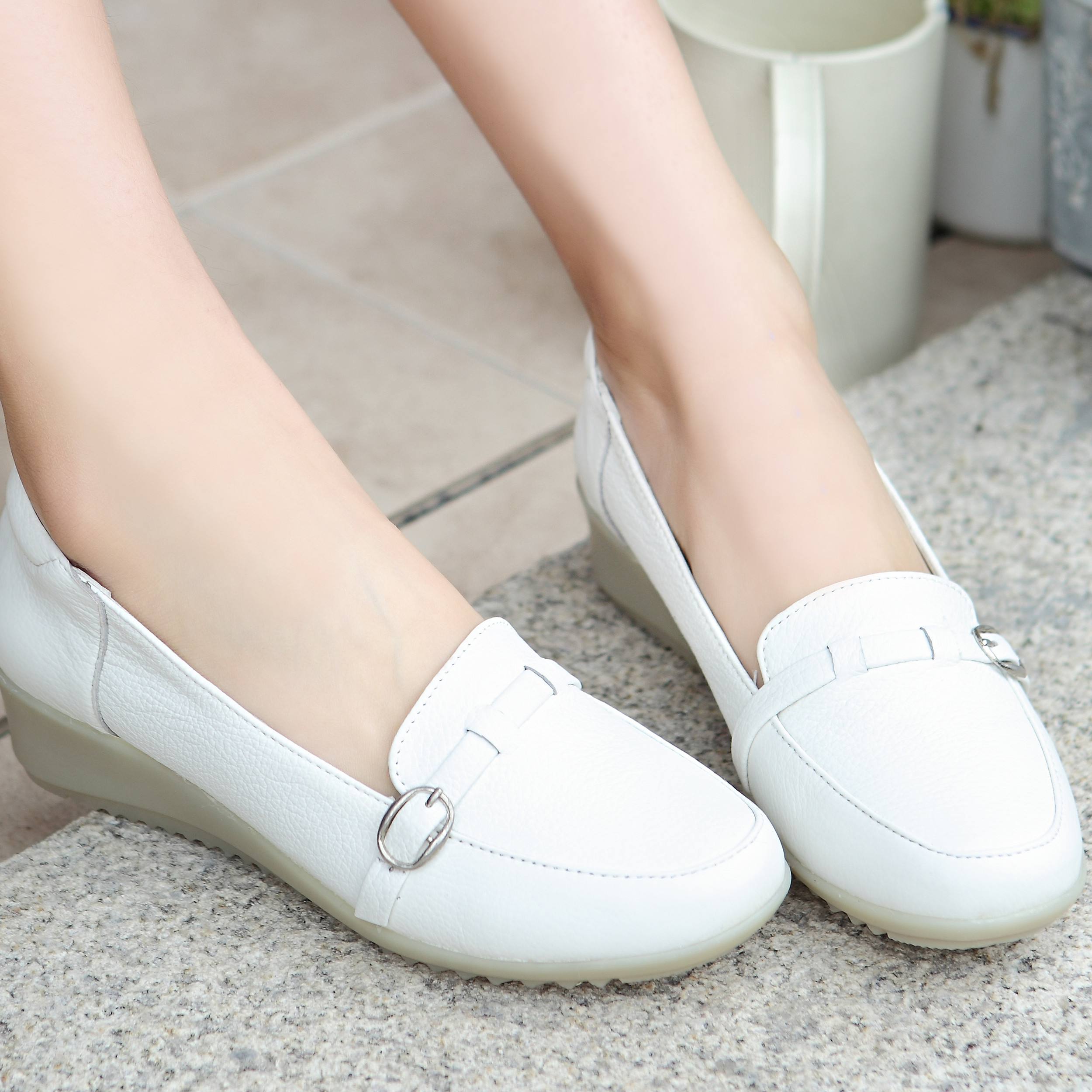 孕妇坡跟鞋 新款白色护士鞋真皮坡跟牛筋底休闲鞋女鞋单鞋大码妈妈鞋孕妇鞋_推荐淘宝好看的孕妇坡跟鞋