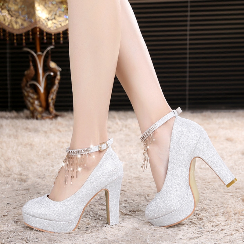 粗跟高跟鞋 婚纱鞋白色婚鞋女高跟水晶鞋银色新娘鞋粗跟伴娘鞋中跟结婚礼鞋子_推荐淘宝好看的女粗跟高跟鞋