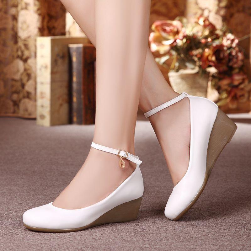 真皮坡跟鞋 新款真皮软底护士鞋舒适牛筋坡跟单鞋工作鞋黑色女鞋白色小皮鞋女_推荐淘宝好看的真皮坡跟鞋