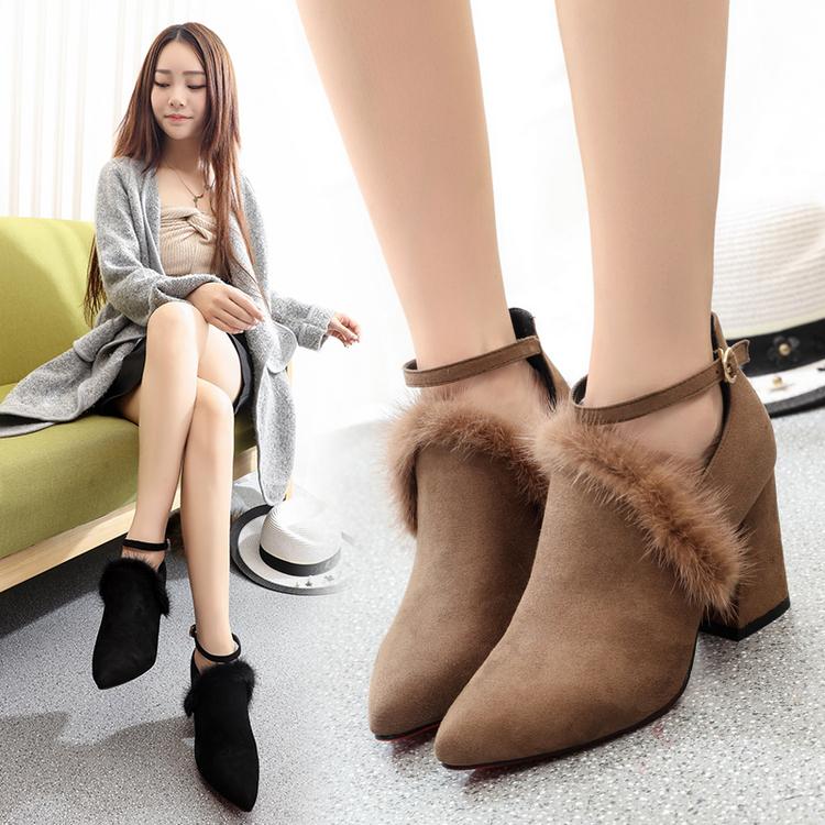 性感高跟鞋 新款纯貂毛绒面粗跟尖头一字扣带毛毛性感高跟鞋套脚女靴加绒_推荐淘宝好看的女性感高跟鞋