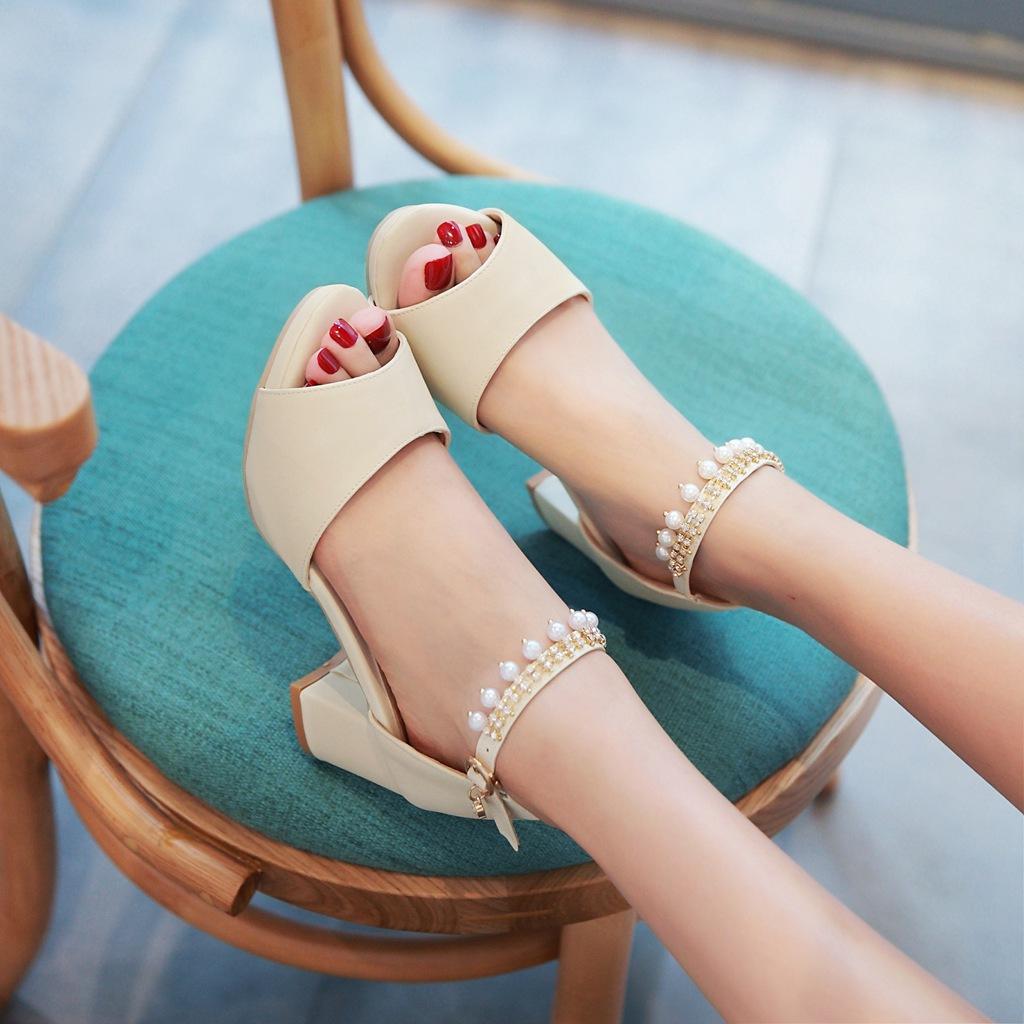 女款鱼嘴鞋 凉鞋女夏中跟2017新款鱼嘴高跟鞋粗跟一字带水钻韩版夏季学生女鞋_推荐淘宝好看的女鱼嘴鞋