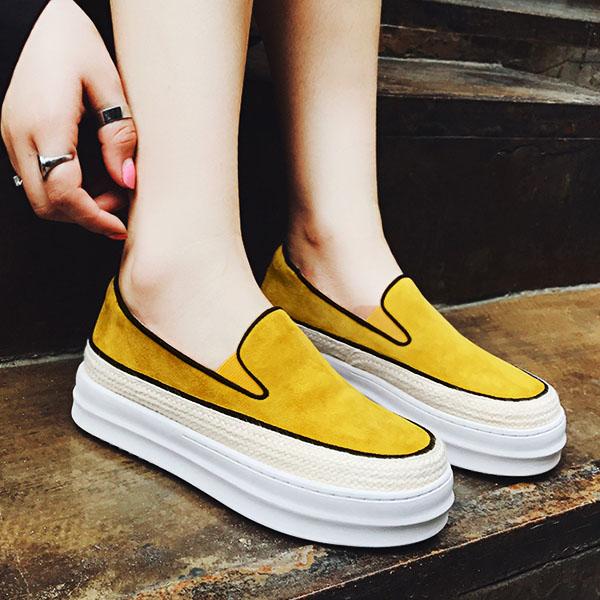 黄色松糕鞋 全皮 黄色反绒草编平跟内增高坡跟懒人鞋松糕跟厚底圆头休闲鞋女_推荐淘宝好看的黄色松糕鞋