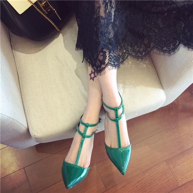 绿色单鞋 2016早春新款绿色铆钉尖头高跟鞋T型绑带漆皮红色婚鞋细跟OL单鞋_推荐淘宝好看的绿色单鞋