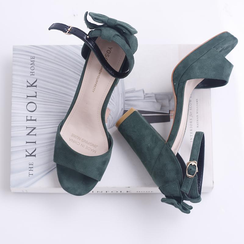 绿色凉鞋 百搭蝴蝶结鱼嘴凉鞋防水台粗跟绿色高跟鞋夏季新款露趾一字凉鞋_推荐淘宝好看的绿色凉鞋