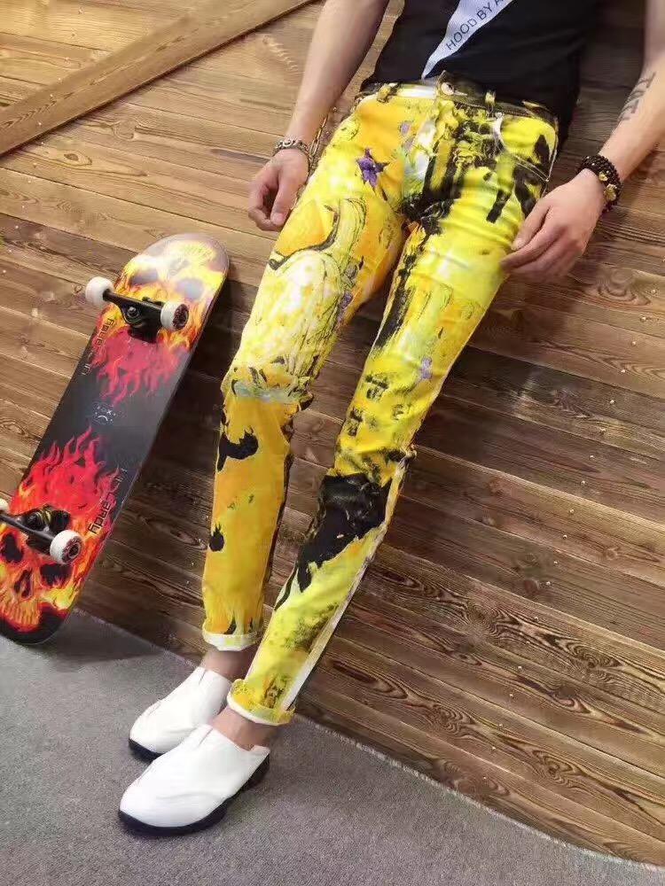 黄色牛仔裤 2017夏季男士百搭牛仔裤大码彩绘男士牛仔裤印花韩版修身直筒花裤_推荐淘宝好看的黄色牛仔裤