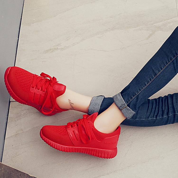 红色运动鞋 休闲鞋女2017秋季跑步平跟韩版圆头学生透气旅游运动红色女单鞋潮_推荐淘宝好看的红色运动鞋