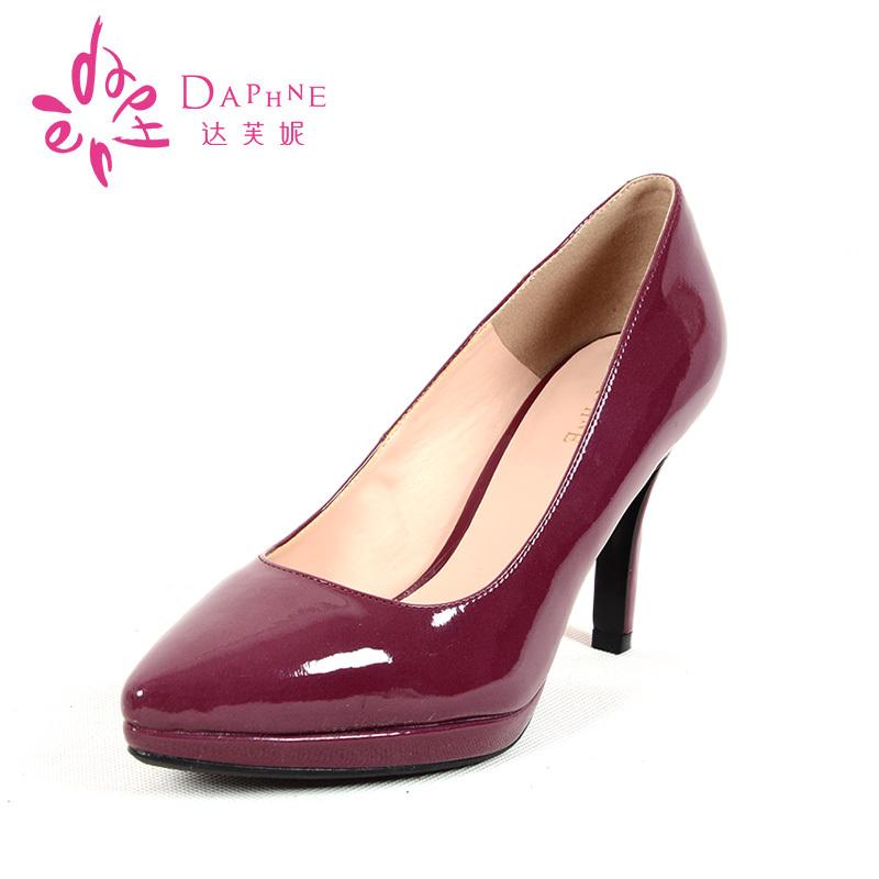高跟单鞋 Daphne达芙妮时尚尖头高跟漆皮PU细跟工作单鞋套脚浅口舒适女鞋_推荐淘宝好看的女高跟单鞋