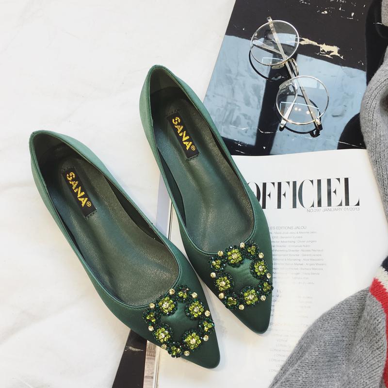 气质小单鞋 蓝色大海的传说同款绿色尖头水钻单鞋2017春夏新款气质名媛女鞋_推荐淘宝好看的女气质单鞋