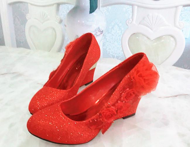 红色坡跟鞋 坡跟婚鞋结红色粗跟鞋金色鞋清仓价断码特价处理高跟8厘厘米单鞋_推荐淘宝好看的红色坡跟鞋
