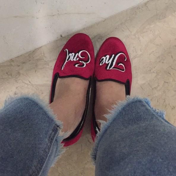 女式平底鞋 欧洲站秋冬新款女鞋平跟平底丝绒吸烟鞋圆头酒红色单鞋刺绣乐福鞋_推荐淘宝好看的女平底鞋