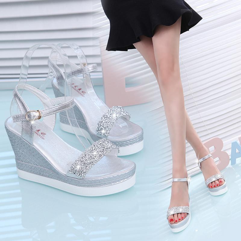 最新款高跟凉鞋 2017夏季新款高跟坡跟女凉鞋防水台小码水钻超高跟厚底超轻女鞋子_推荐淘宝好看的女新款高跟凉鞋