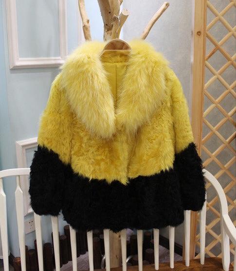 黄色皮草 甜美热卖狐狸毛领整张羊羔毛厚实皮草外套超值特卖K15B_推荐淘宝好看的黄色皮草
