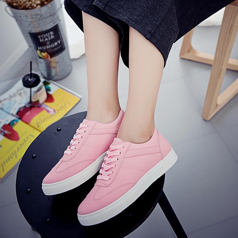 粉红色运动鞋 2017上班鞋小白鞋韩版系带浅口运动鞋平跟百搭透气粉红色女鞋新款_推荐淘宝好看的粉红色运动鞋