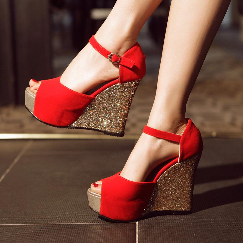 红色凉鞋 坡跟鱼嘴凉鞋女2015夏超高跟厚底松糕鞋防水台亮片甜美大红色婚鞋_推荐淘宝好看的红色凉鞋
