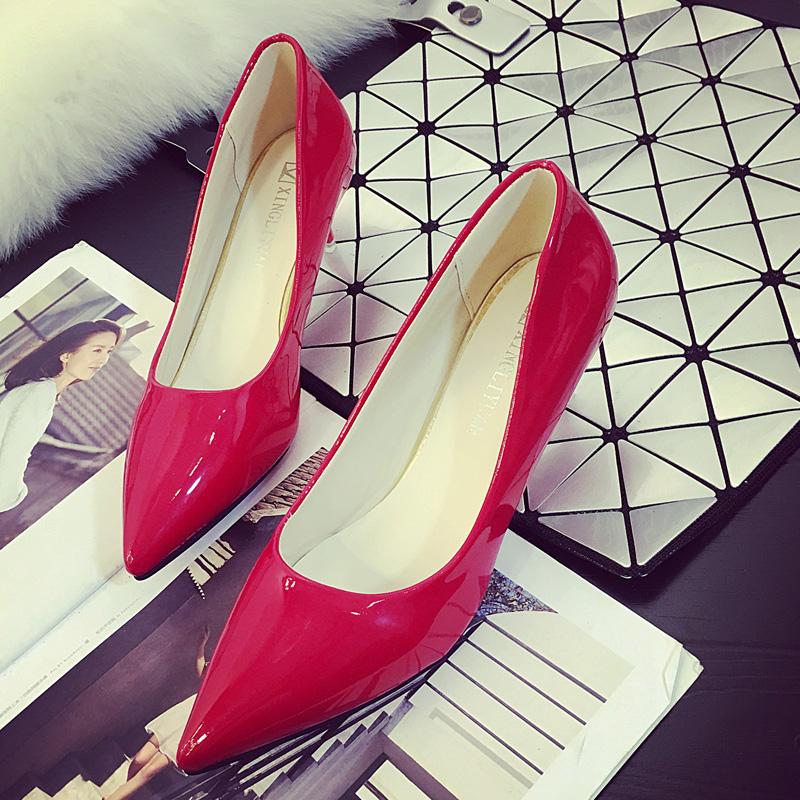 红色高跟鞋 春秋单鞋女鞋浅口尖头防滑高跟鞋细跟中跟漆皮亮皮工作鞋红色婚鞋_推荐淘宝好看的红色高跟鞋