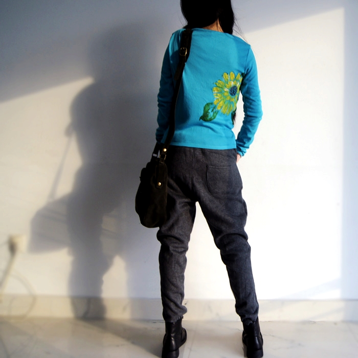 手绘t恤 青春与文艺 手绘向日葵 针织棉T开衫女长袖修身短款t恤蓝色春秋款_推荐淘宝好看的女手绘t恤