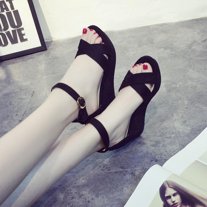 罗马高跟鞋 百搭黑色罗马松糕鞋厚底坡跟高跟小码女鞋32 33 34凉鞋女夏季鞋子_推荐淘宝好看的女罗马高跟鞋