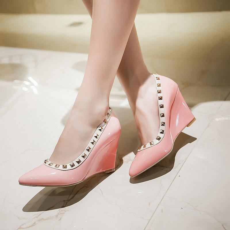 绿色坡跟鞋 2017淑女铆钉工作鞋时尚浅绿色粉红色坡跟瓢鞋33-43女式坡跟单鞋_推荐淘宝好看的绿色坡跟鞋