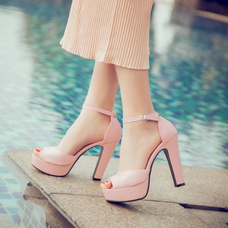 粉红色鱼嘴鞋 靓鞋粉红色米色婚鞋鱼嘴防水台超高跟大码凉鞋小码凉鞋 32 33 KS_推荐淘宝好看的粉红色鱼嘴鞋
