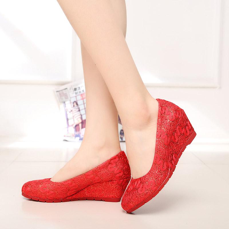 红色坡跟鞋 老北京布鞋正品女鞋坡跟高跟鞋浅口单鞋红色新娘鞋结婚鞋伴娘鞋女_推荐淘宝好看的红色坡跟鞋