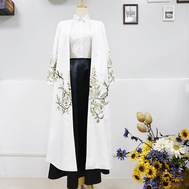白色风衣 JJAY大叔中国风文艺复古长袖白色大衣超长款重手工刺绣外套风衣女_推荐淘宝好看的白色风衣