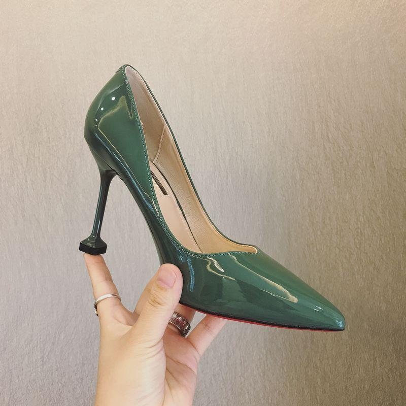 绿色单鞋 韩版2017秋季新品绿色漆皮易搭款尖头浅口细高跟单鞋通勤款工作鞋_推荐淘宝好看的绿色单鞋