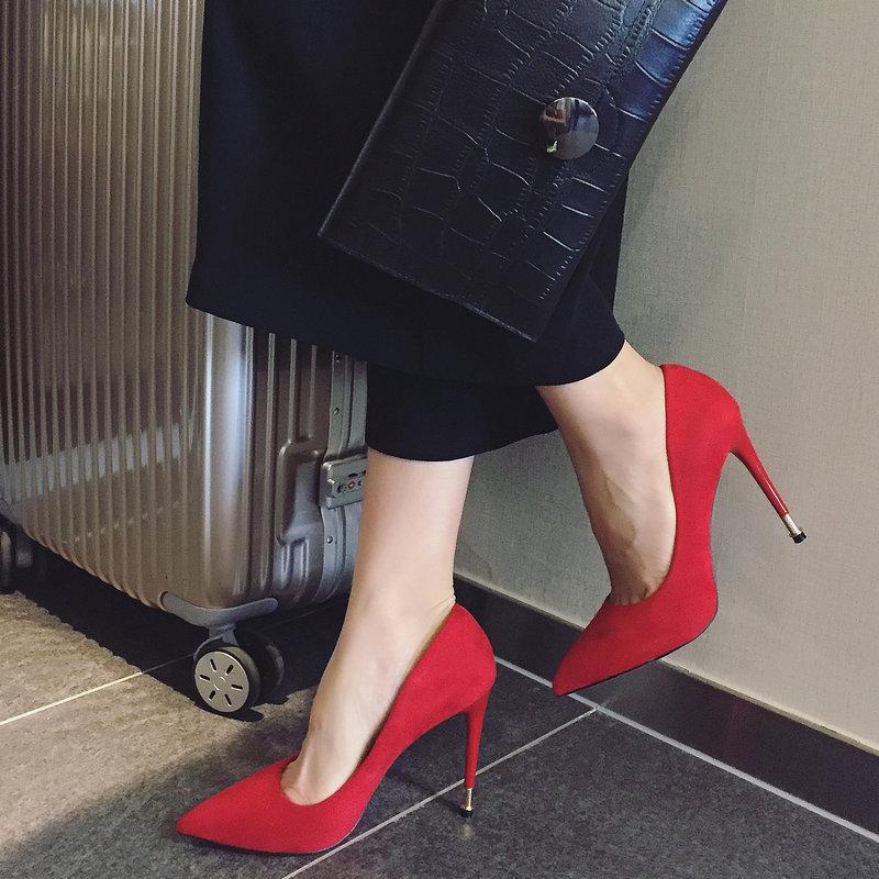 非主流高跟鞋 韩版新款时尚性感女人味尖头浅口细跟超高跟鞋红色婚鞋绒面女单鞋_推荐淘宝好看的女时尚 高跟鞋